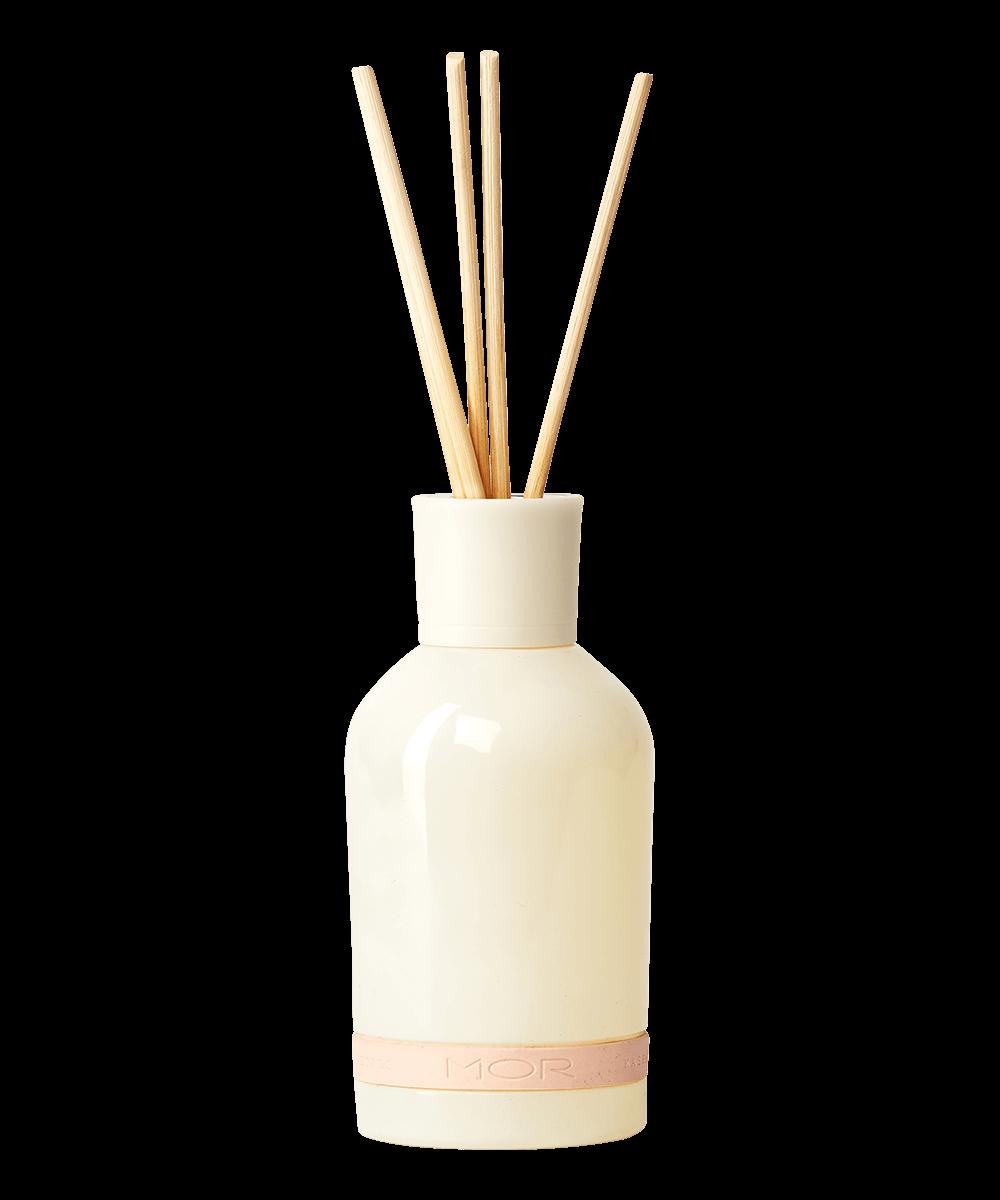 cord01-kashmir-petals-reed-diffuser
