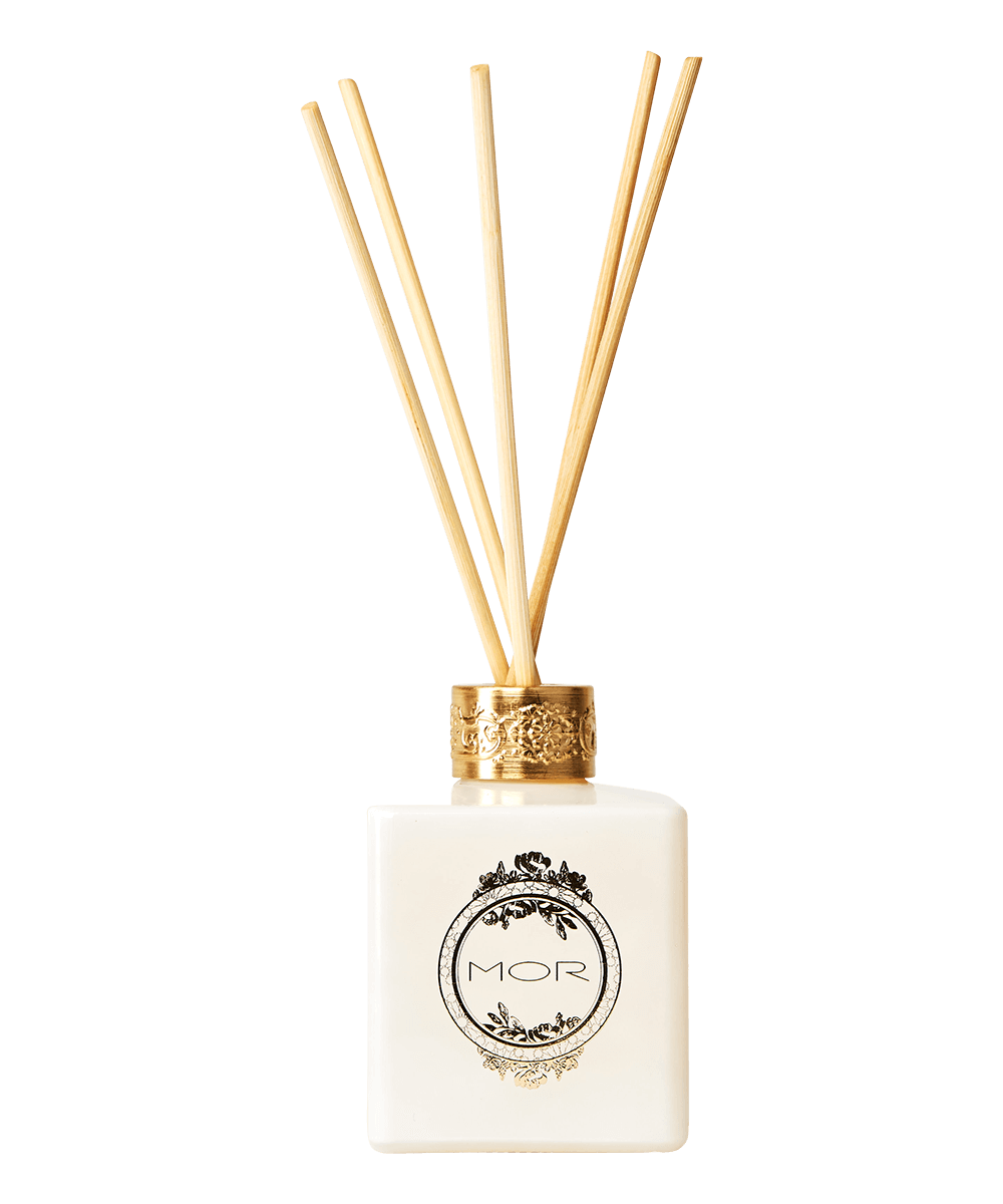 pr06-pomegranate-reed-diffuser